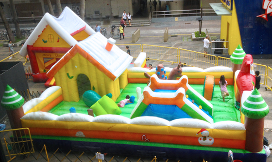 Christmas Funland 02