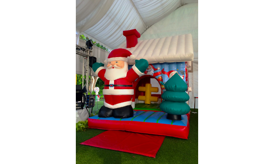 Santa House 01